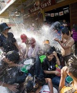 AQF_Songkran: vacances pour les usines et inspecteurs en Thailande, à Chiang Mai selon le Quality Control Blog